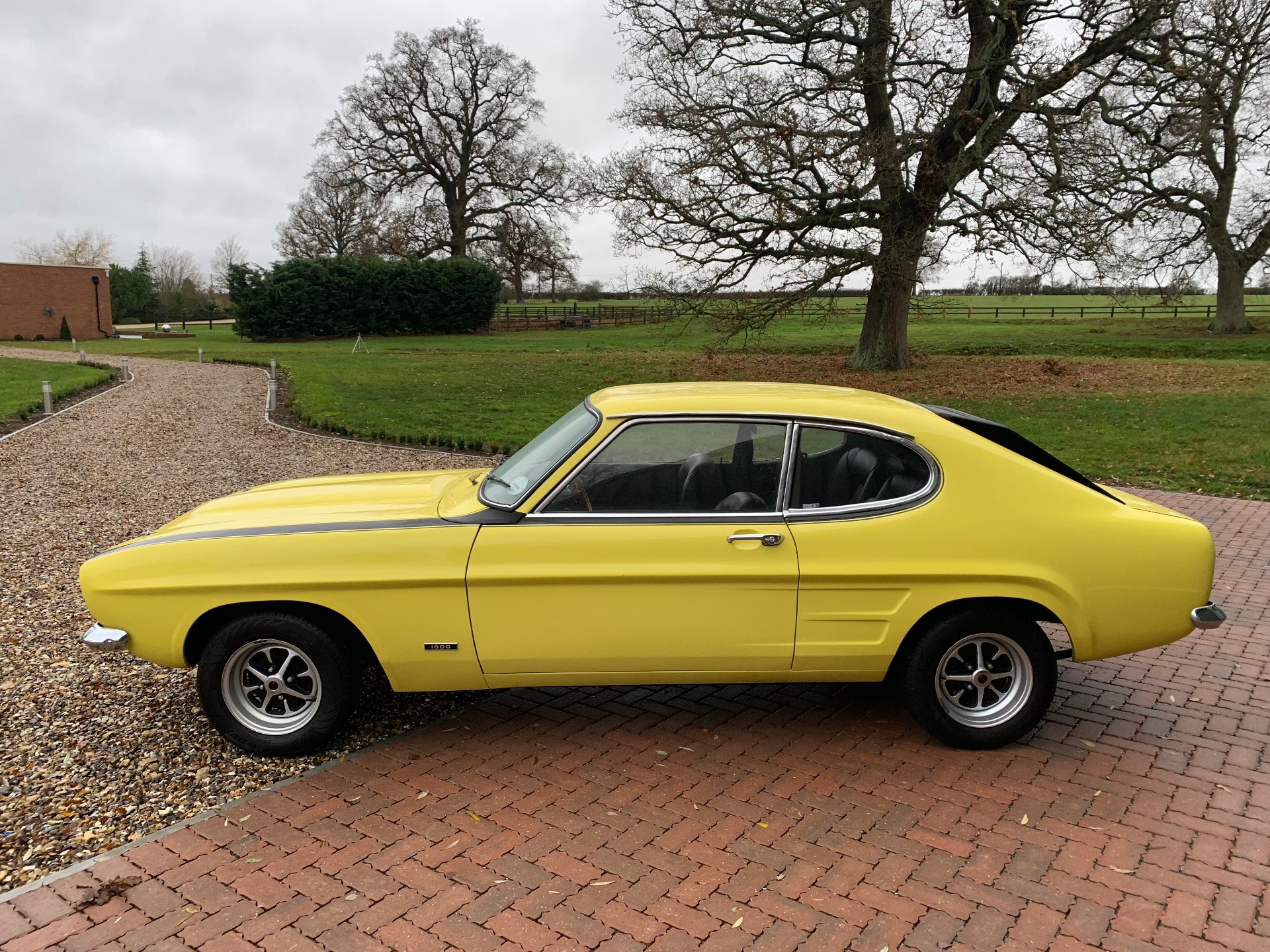 Cost To Repaint A Car >> Used FORD CAPRI MK1 CAPRI MK1, YELLOW , 1.6, Coupe   1st ...